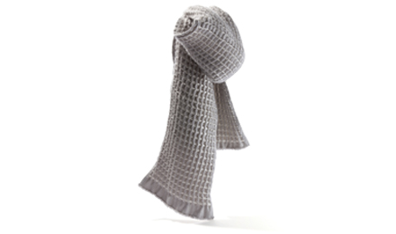waffle_scarf_lgrey_feat